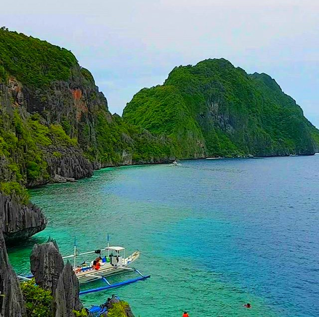 A Guide to the World's Best Island: Palawan, Philippines